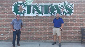 Chris Lewis MP With Manager of Cindy's Home and Garden